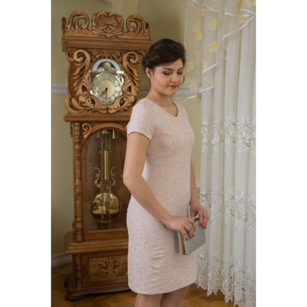 Sukienka wizytowa pudrowa